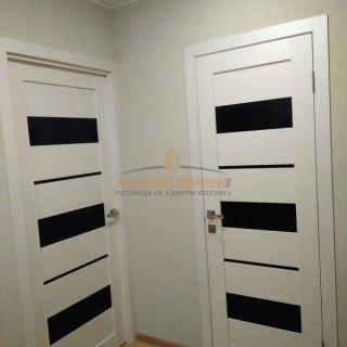 Фото межкомнатных дверей с экошпоном 2