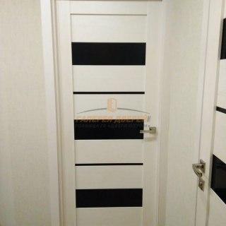 Фото межкомнатных дверей с экошпоном 7